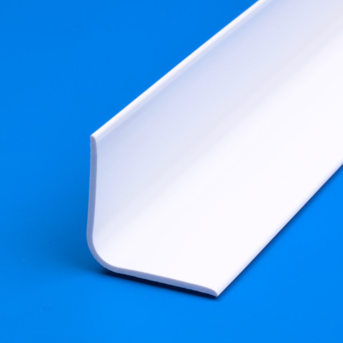 Kiowa Ltd 8ft Pvc Internal Angle Cladding Profile 38mm